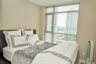 "Photo 11: 1601 3008 GLEN Drive in Coquitlam: North Coquitlam Condo for sale in ""M2"" : MLS®# R2371560"
