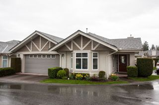 """Photo 1: 49 8555 209 Street in Langley: Walnut Grove Townhouse for sale in """"Autumnwood"""" : MLS®# R2154627"""