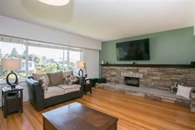 Photo 5: 1941 HOLDOM Avenue in Burnaby: Parkcrest House for sale (Burnaby North)  : MLS®# R2017067