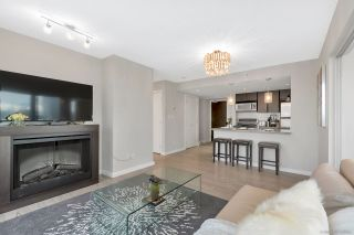 """Photo 8: 2506 688 ABBOTT Street in Vancouver: Downtown VW Condo for sale in """"THE FIRENZE II"""" (Vancouver West)  : MLS®# R2427192"""