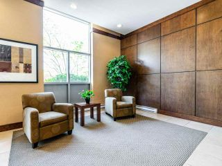 Photo 5: 907 295 GUILDFORD Way in Port Moody: North Shore Pt Moody Condo for sale : MLS®# R2571623