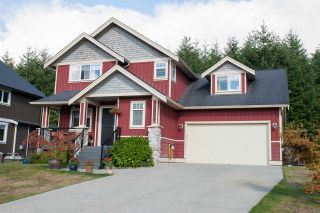 """Photo 1: 38618 CHERRY Drive in Squamish: Valleycliffe House for sale in """"RAVENS PLATEAU"""" : MLS®# R2104714"""
