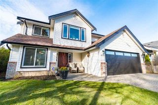 Photo 2: 44781 CUMBERLAND Avenue: House for sale in Chilliwack: MLS®# R2546098