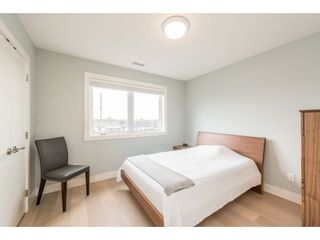 Photo 13: 2646 E 5TH Avenue in Vancouver: Renfrew VE House for sale (Vancouver East)  : MLS®# R2232613