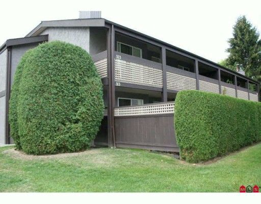 """Main Photo: 313 34909 OLD YALE Road in Abbotsford: Abbotsford East Townhouse for sale in """"The Gardens"""" : MLS®# F2923775"""