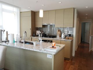 """Photo 3: 802 4083 CAMBIE Street in Vancouver: Cambie Condo for sale in """"CAMBIE STAR"""" (Vancouver West)  : MLS®# R2617742"""