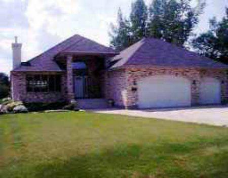 Main Photo: 750 Foxgrove Avenue: Residential for sale (East St. Paul)  : MLS®# 2310049