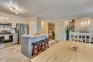 """Photo 7: 2558 STEEPLE Court in Coquitlam: Upper Eagle Ridge House for sale in """"UPPER EAGLE RIDGE"""" : MLS®# R2082619"""