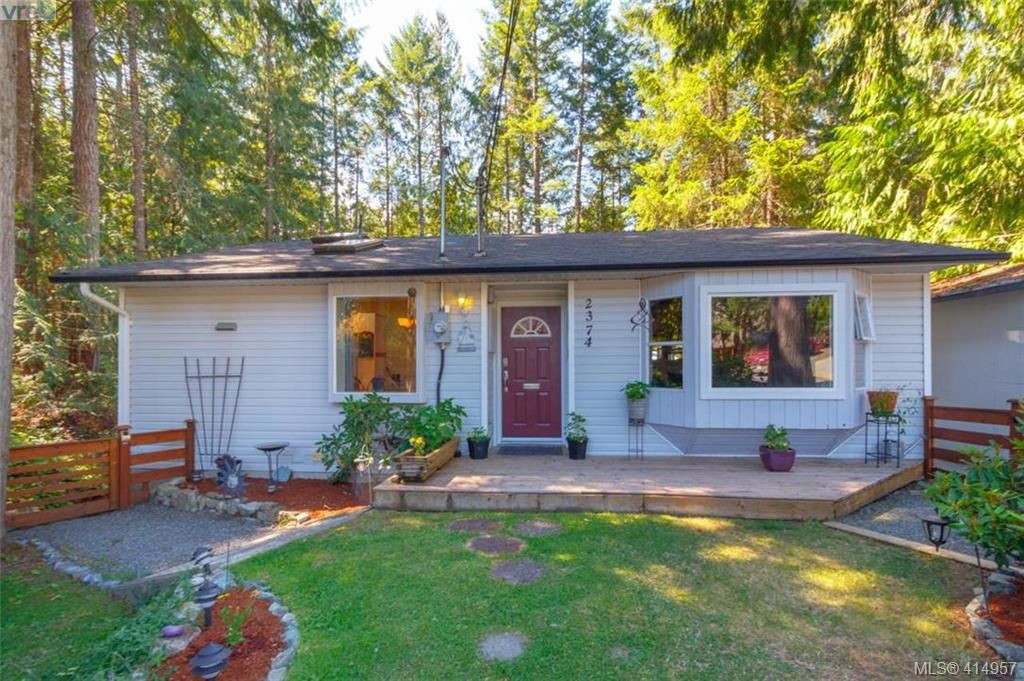 Main Photo: 2374 Larsen Rd in SHAWNIGAN LAKE: ML Shawnigan House for sale (Malahat & Area)  : MLS®# 823125