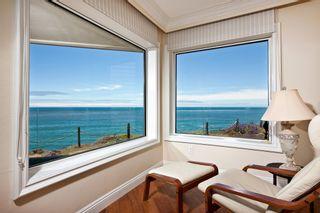 Photo 3: Condo  : 2 bedrooms :  in Solana Beach