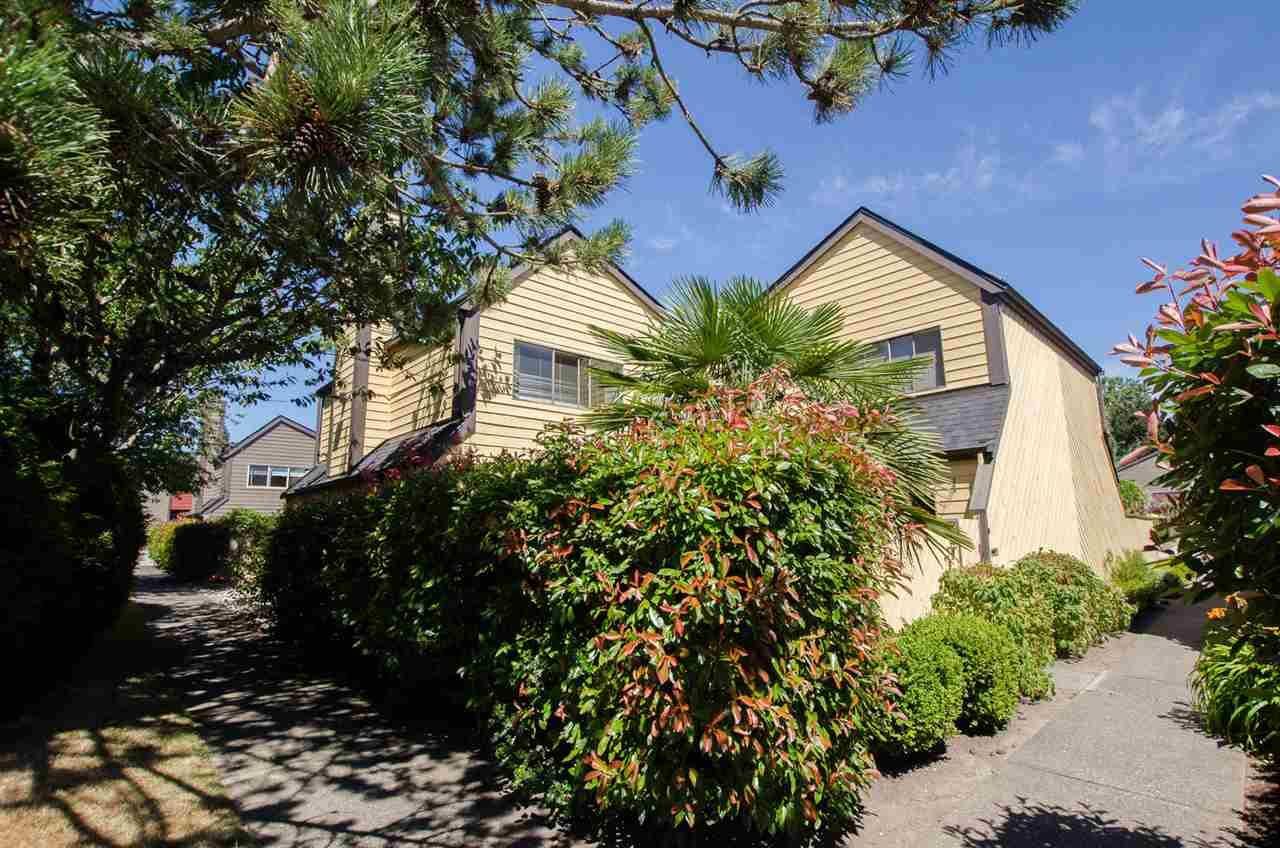 "Main Photo: 119 5421 10 Avenue in Delta: Tsawwassen Central Townhouse for sale in ""SUNDIAL"" (Tsawwassen)  : MLS®# R2189331"