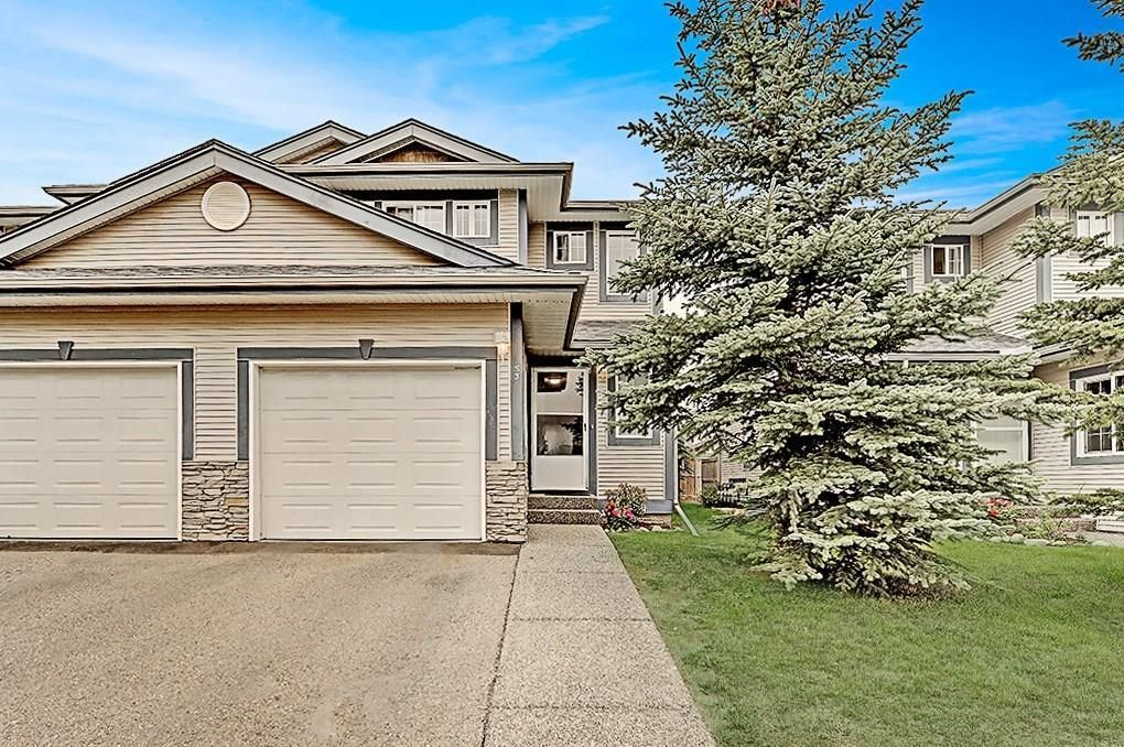 Main Photo: 53 EVERSYDE Point SW in Calgary: Evergreen Row/Townhouse for sale : MLS®# C4201757