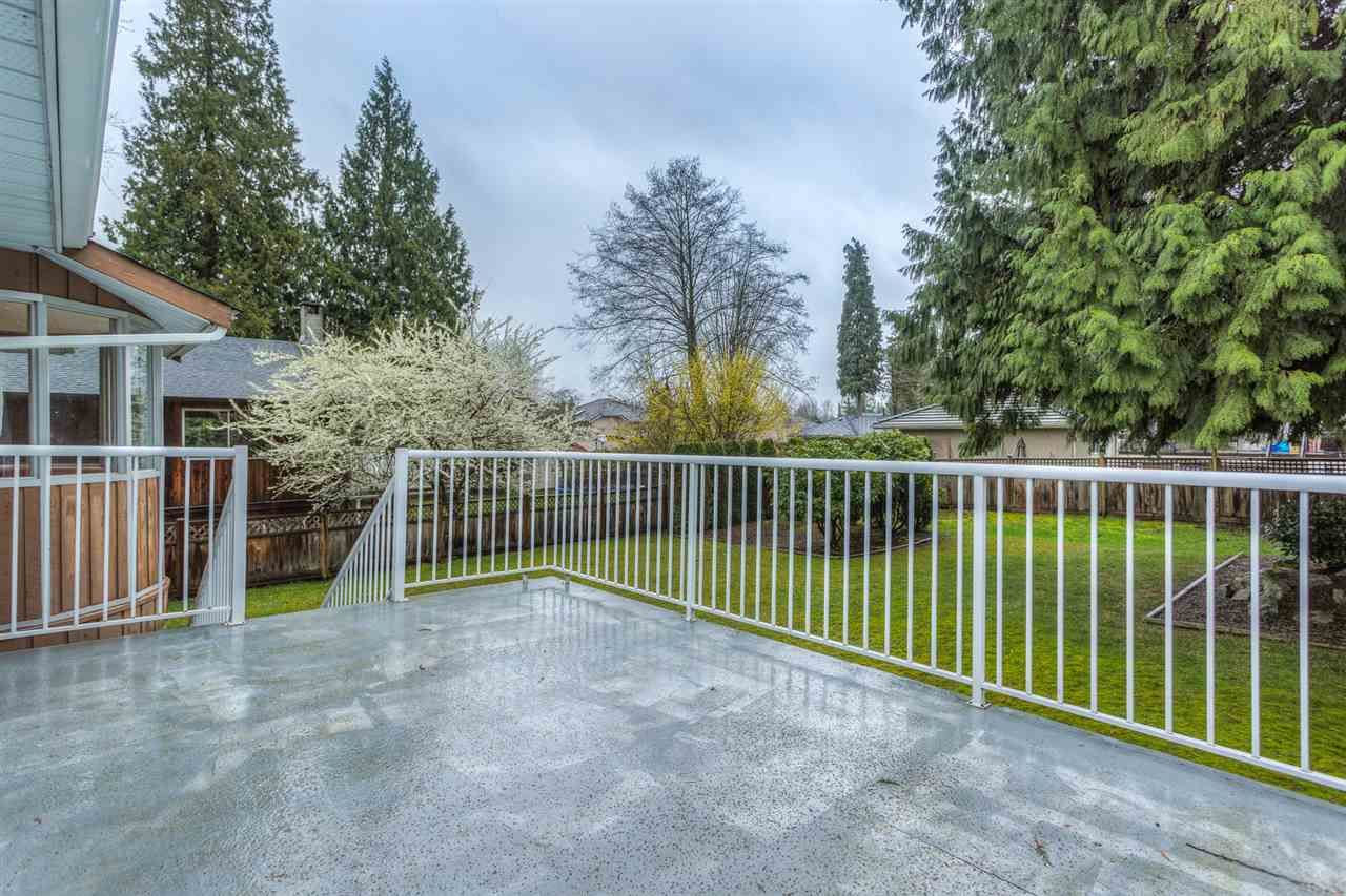 Photo 15: Photos: 1100 GROVER Avenue in Coquitlam: Central Coquitlam House for sale : MLS®# R2047034