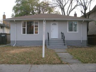 Photo 1: 704 Talbot Avenue in WINNIPEG: East Kildonan Single Family Detached for sale (North East Winnipeg)  : MLS®# 1323855