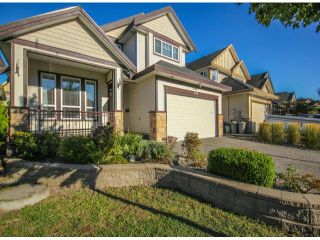"""Photo 3: 7266 198TH Street in Langley: Willoughby Heights House for sale in """"MOUNTAIN VIEW ESTATES"""" : MLS®# F1422393"""