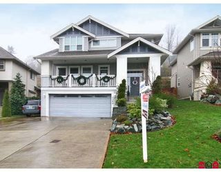 """Photo 1: 3384 BLOSSOM Court in Abbotsford: Abbotsford East House for sale in """"THE HIGHLANDS"""" : MLS®# F2828575"""