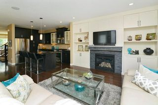 Photo 8: 1320 18 Avenue NW in Calgary: Capitol Hill House for sale : MLS®# C4131238
