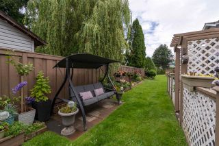 """Photo 38: 166 15501 89A Avenue in Surrey: Fleetwood Tynehead Townhouse for sale in """"Avondale"""" : MLS®# R2469254"""