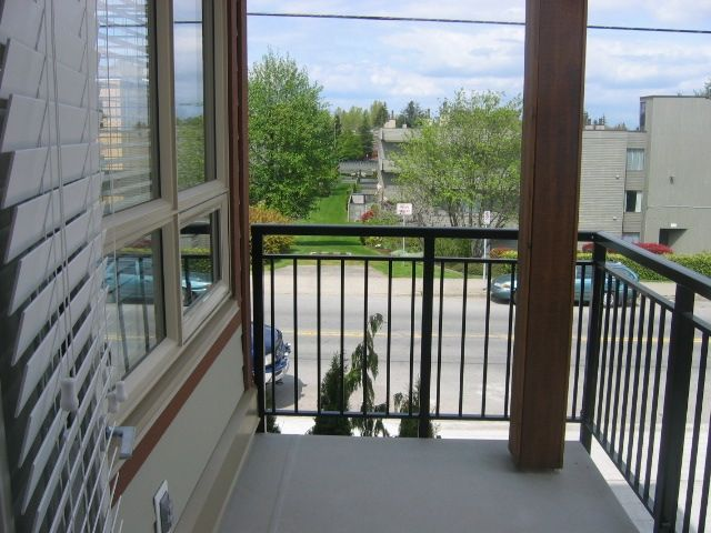 Photo 11: Photos: 300 - 15268 18th Ave in Surrey: King George Corridor Condo for sale (South Surrey White Rock)  : MLS®# F2900237