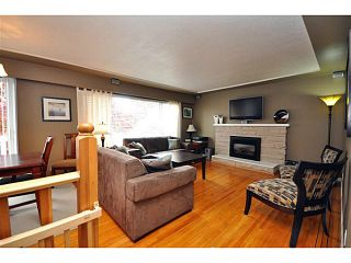 """Photo 1: 4522 62ND Street in Ladner: Holly House for sale in """"HOLLY"""" : MLS®# V990375"""