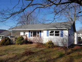 Main Photo: 172 Belcher Street in Kentville: 404-Kings County Residential for sale (Annapolis Valley)  : MLS®# 202103368