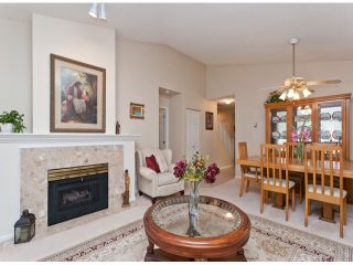 """Photo 14: 28 21138 88TH Avenue in Langley: Walnut Grove Townhouse for sale in """"SPENCER GREEN"""" : MLS®# F1318729"""