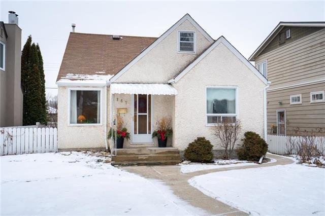 Main Photo: 147 Braemar Avenue in Winnipeg: Norwood Residential for sale (2B)  : MLS®# 1829317