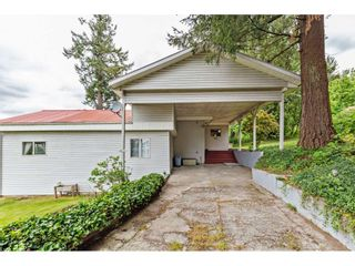 """Photo 3: 8511 MCLEAN Street in Mission: Mission-West House for sale in """"Silverdale"""" : MLS®# R2456116"""