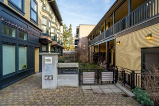 """Photo 2: 1777 E 20TH Avenue in Vancouver: Victoria VE Townhouse for sale in """"CEDAR COTTAGE Townhomes-Gow Bloc"""" (Vancouver East)  : MLS®# R2333733"""