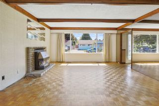 Photo 2: 15127 DOVE Place in Surrey: Bolivar Heights House for sale (North Surrey)  : MLS®# R2609518