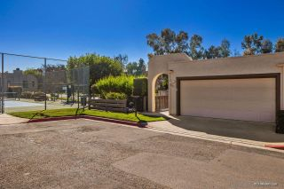 Photo 2: SAN DIEGO Townhouse for sale : 4 bedrooms : 6643 Reservoir Ln