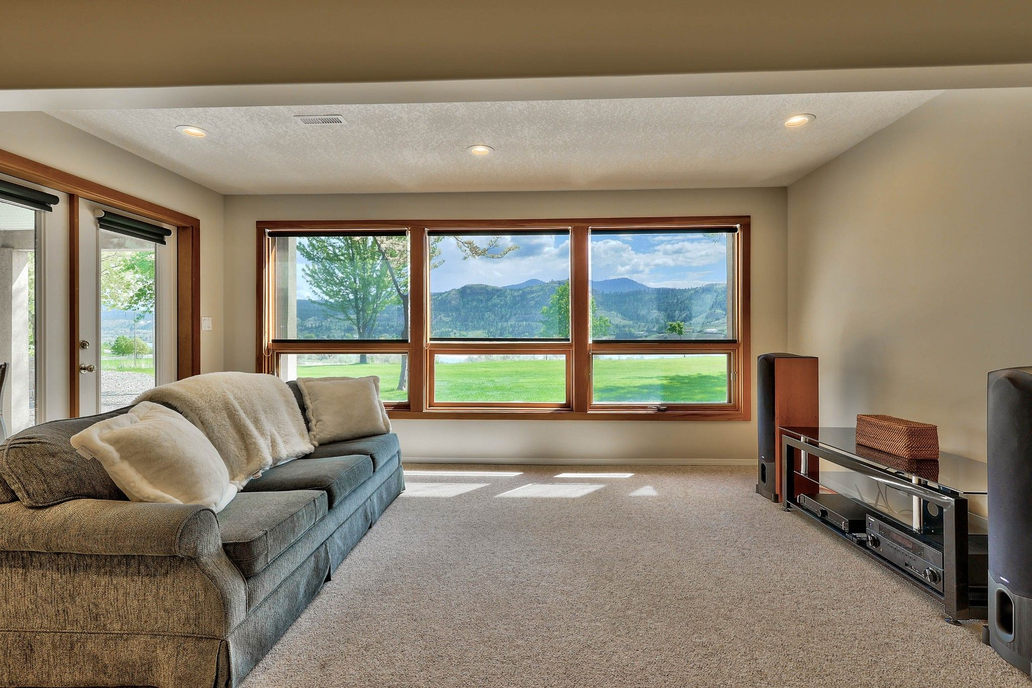 Photo 30: Photos: 3299 E Shuswap Road in Kamloops: South Thompson Valley House for sale : MLS®# 162162