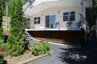 Photo 2: 5147 Tallington Road in Celista: North Shuswap House for sale (Shuswap)  : MLS®# 10102967