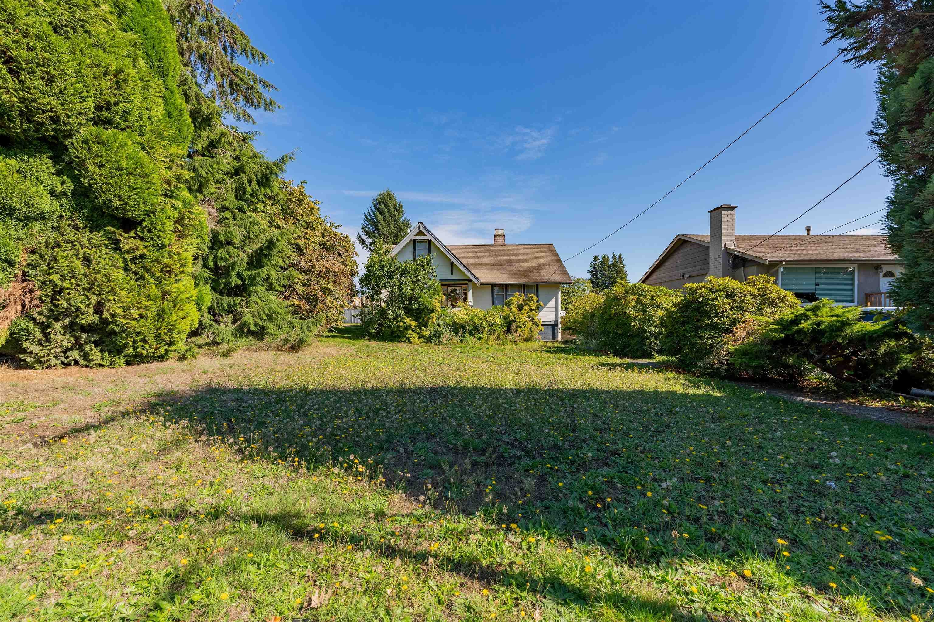 Main Photo: 375 BLUE MOUNTAIN Street in Coquitlam: Maillardville House for sale : MLS®# R2622191