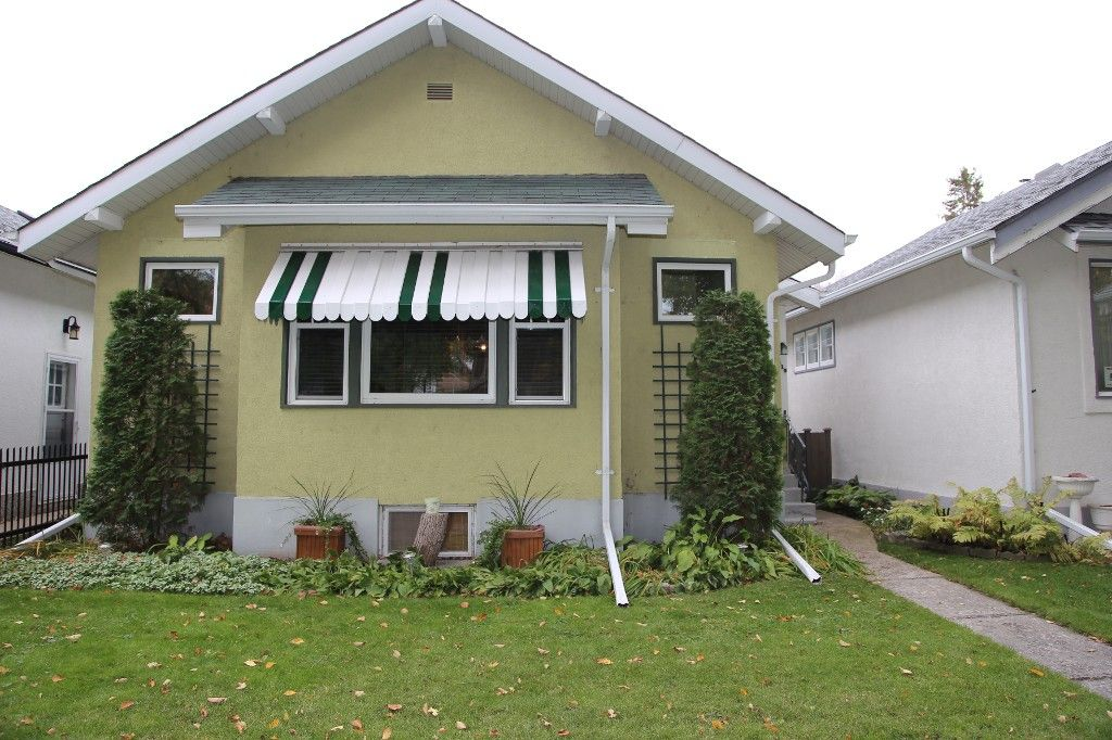 Welcome to 219 Sherburn St. in Wolseley