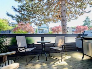 Photo 3: 1809 GREER Avenue in Vancouver: Kitsilano Townhouse for sale (Vancouver West)  : MLS®# R2286195
