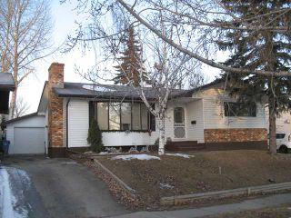 Photo 1: 7027 18 Street SE in CALGARY: Lynnwood Riverglen Residential Detached Single Family for sale (Calgary)  : MLS®# C3553776