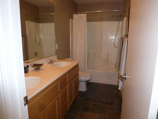 Photo 16: House for sale : 4 bedrooms : 1079 Greenway Rd in Oceanside