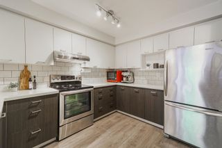"""Photo 5: 234 2565 W BROADWAY in Vancouver: Kitsilano Townhouse for sale in """"TRAFALGAR MEWS"""" (Vancouver West)  : MLS®# R2598629"""