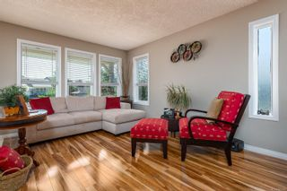 Photo 7: 2496 E 9th St in : CV Courtenay East House for sale (Comox Valley)  : MLS®# 883278