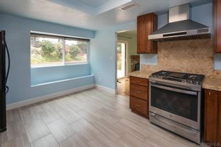 Photo 3: RANCHO PENASQUITOS House for sale : 3 bedrooms : 9221 Lethbridge Way in San Diego