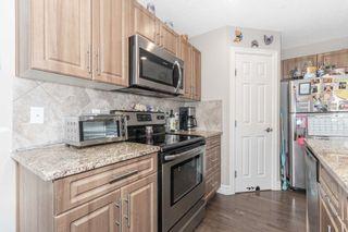 Photo 3: 16725 120 Street in Edmonton: Zone 27 House Half Duplex for sale : MLS®# E4259973