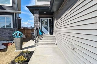 Photo 2: 17514 61A Street in Edmonton: Zone 03 House for sale : MLS®# E4239967
