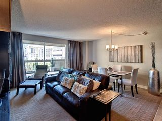 Photo 3: 809 221 6 Avenue SE in Calgary: Downtown Commercial Core Apartment for sale : MLS®# A1125192