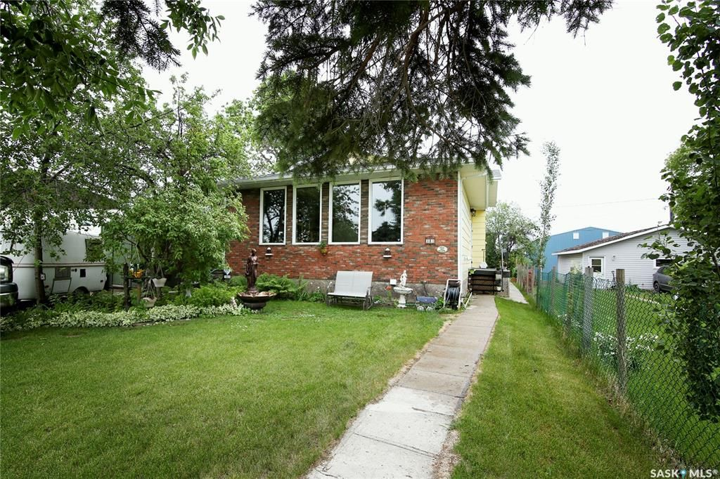 Main Photo: 312 1st Avenue in Vibank: Residential for sale : MLS®# SK860912