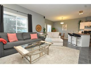 Photo 3: 102 2 WESTBURY Place SW in Calgary: West Springs House for sale : MLS®# C4087728