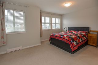 """Photo 10: 34 1111 EWEN Avenue in New Westminster: Queensborough Townhouse for sale in """"ENGLISH MEWS"""" : MLS®# R2359101"""