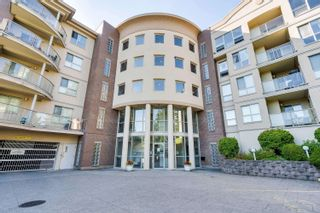 Photo 1: 312 33731 MARSHALL Road in Abbotsford: Central Abbotsford Condo for sale : MLS®# R2609186