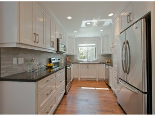 """Photo 3: 32 1725 SOUTHMERE Crescent in Surrey: Sunnyside Park Surrey Townhouse for sale in """"Eaglesea"""" (South Surrey White Rock)  : MLS®# F1309839"""