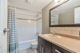 Photo 12: 213 33870 FERN Street in Abbotsford: Central Abbotsford Condo for sale : MLS®# R2555023